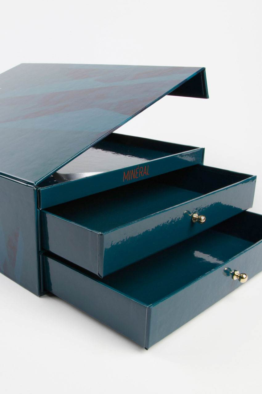 coffret-luxe-compass-group-agence-bad-kitty-vt